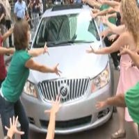 STAGE TUBE: The 2010 Buick LaCrosse 'Dances' at Broadway On Broadway!