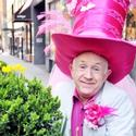 Photo Flash: Leslie Jordan Spends A Big Day In NYC