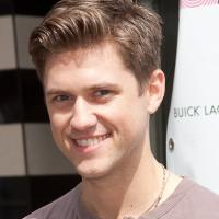 Aaron Tveit & Louis Hobson Perform New NEXT TO NORMAL Twitter Song at 92Y Oct 28.