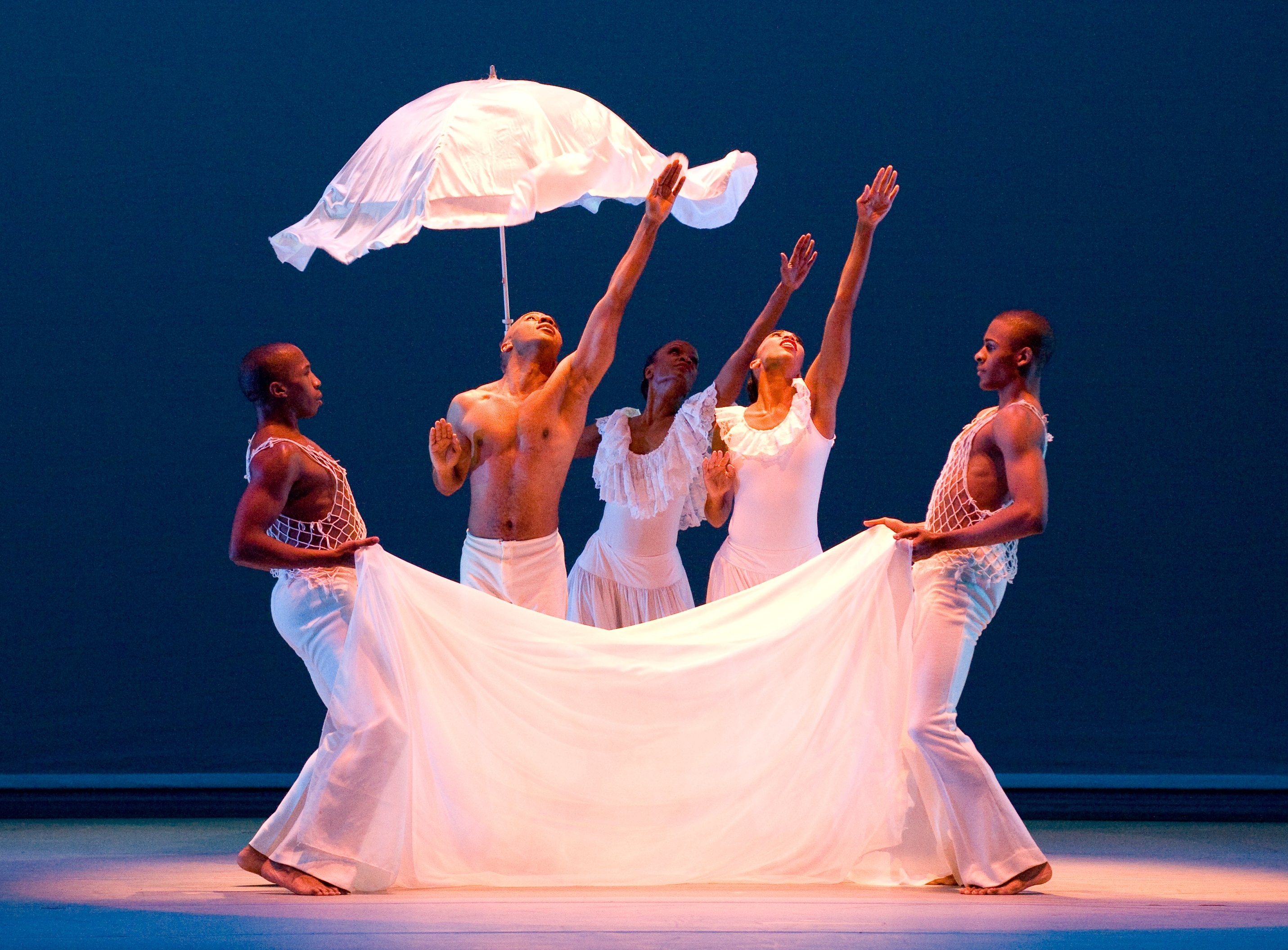 ailey chat Tag: the ailey school  parent chat with regina author nycc_marie posted on october 20, 2016 october 17,  i have often told the story of sending my daughter to fordham for its prestigious joint bfa program with the ailey school of the alvin ailey american dance theater she graduated last may with her degree in dance, having worked.