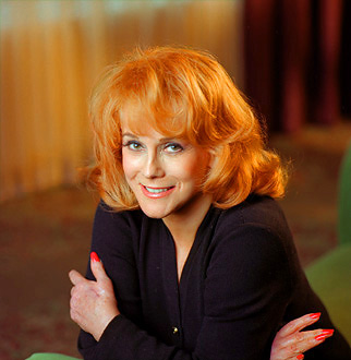 RIALTO CHATTER: Ann-Margret Sets Date with West End's CALENDAR GIRLS?