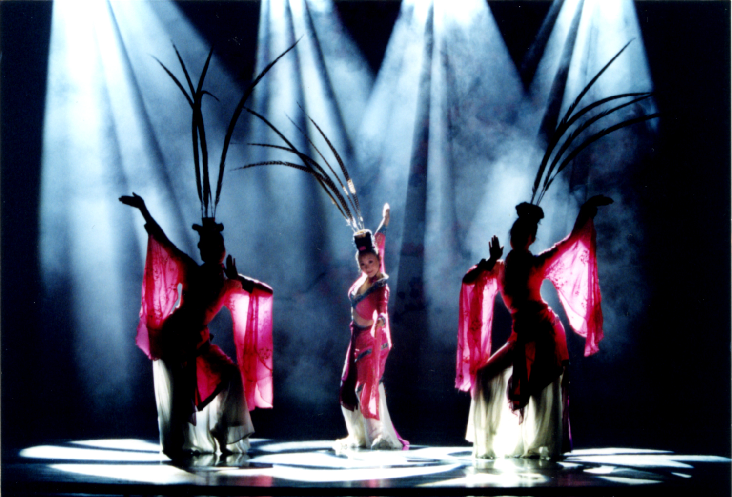 Beijing Dance Academy's THE BUTTERFLY LOVERS Opens at The Ahmanson Theatre