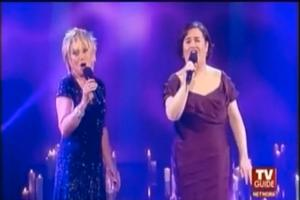 STAGE TUBE: Susan Boyle Sings 'I Know Him So Well' with Elaine Paige