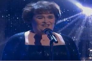 STAGE TUBE: Susan Boyle Sings on Dancing with the Stars