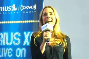 STAGE TUBE: Kerry Butler Sings 'Disneyland' for Sirius XM Live
