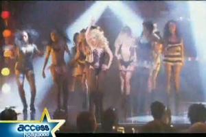 STAGE TUBE: Christina Aguliera Does 'Burlesque'