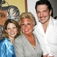 Photo Coverage: Mitzi Gaynor Visits SOUTH PACIFIC