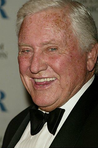 Photo Coverage: Peters and Other Stars Honor Merv Griffin
