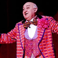 BWW TV STAGE TUBE: MINSKY'S at the CTG Ahmanson Theatre