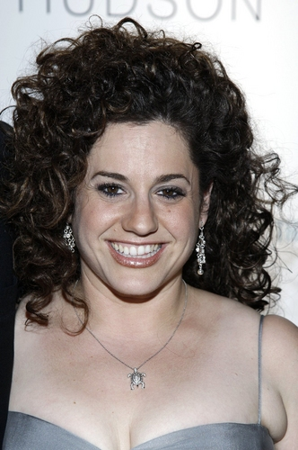 Marissa Jaret Winokur Rejoins HAIRSPRAY Tonight, 12/9