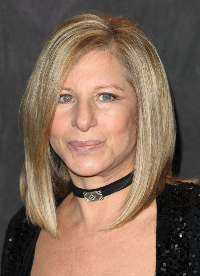 Barbra Streisand Hits #1 on UK Charts; Thanks British Fans