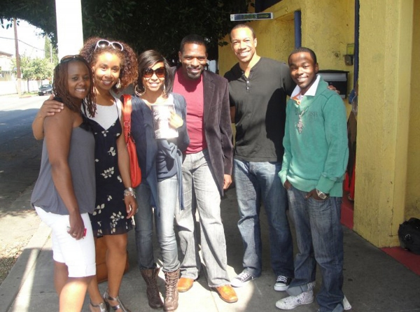 Photo Flash: Oscar-Nominee Taraji Henson Visits With Cast of Emmett Till