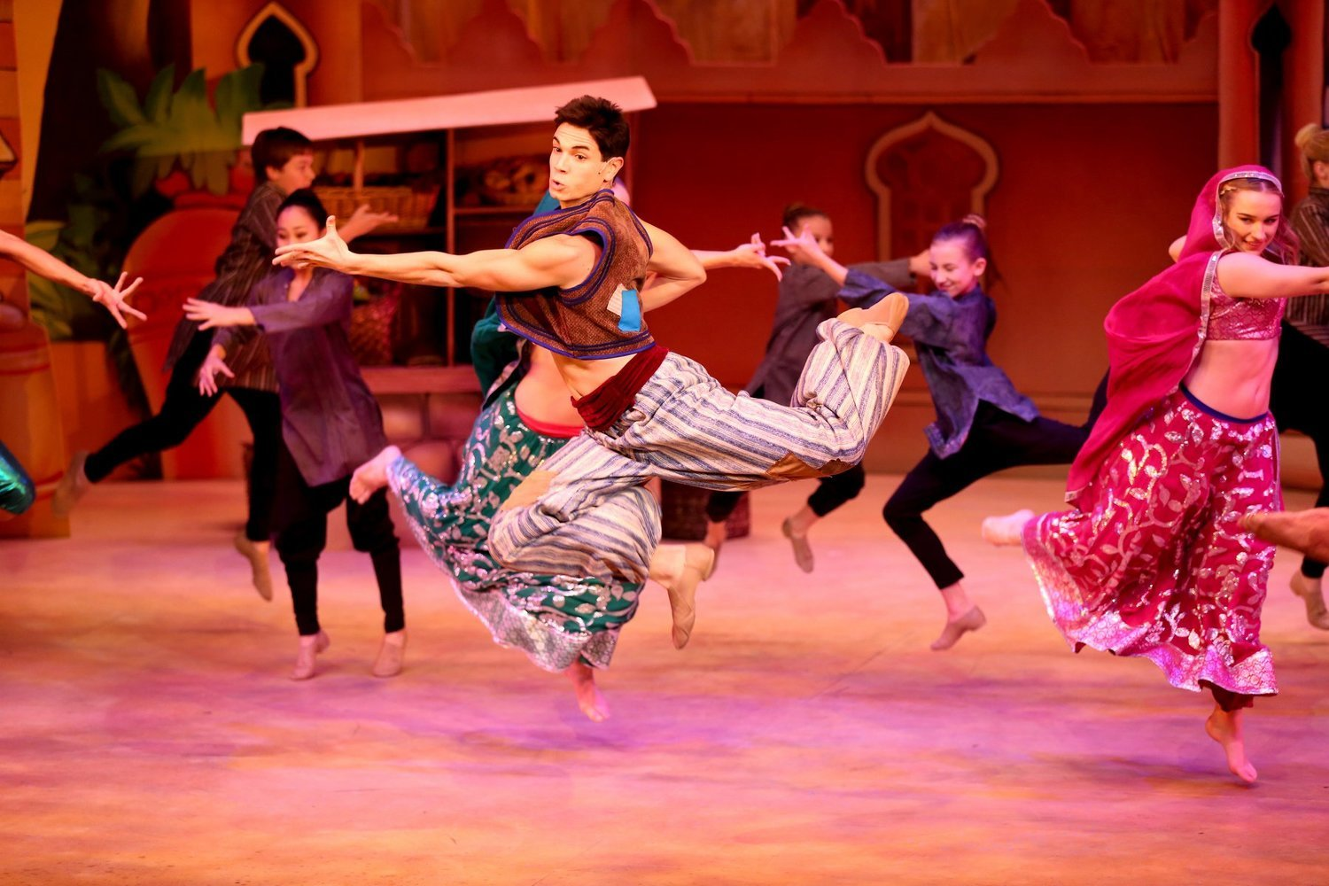 BWW Review: North Carolina Theatre's ALADDIN AND HIS WINTER WISH Pays Homage to Panto Tradition and Roasts Raleigh in a Fun, Knockabout Kind of Way