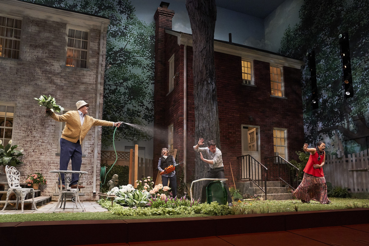 BWW Review: Should We Laugh or Cry? State of Civility Examined in NATIVE GARDENS at CPH