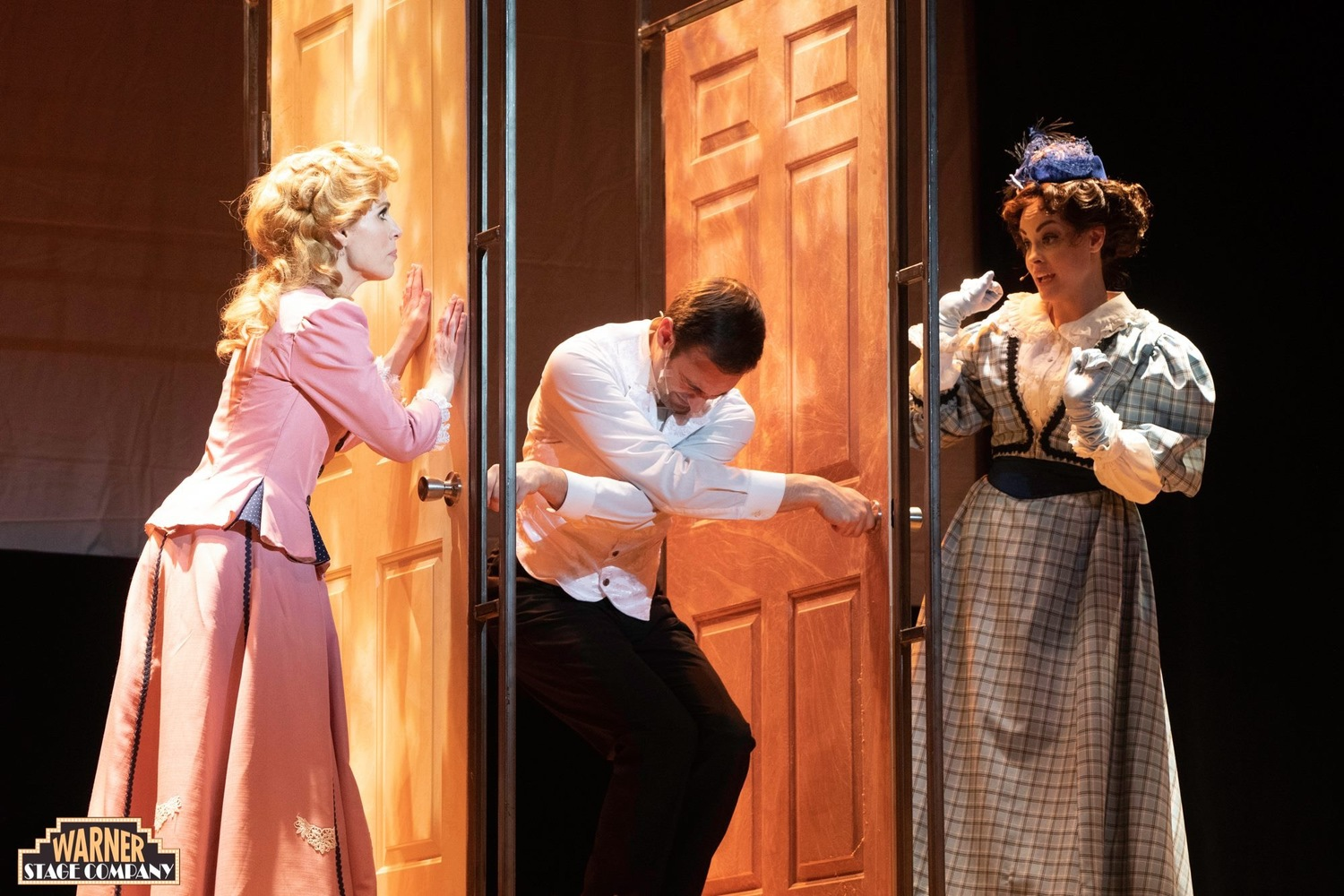 BWW Review: A GENTLEMAN'S GUIDE TO LOVE AND MURDER at Warner Theatre