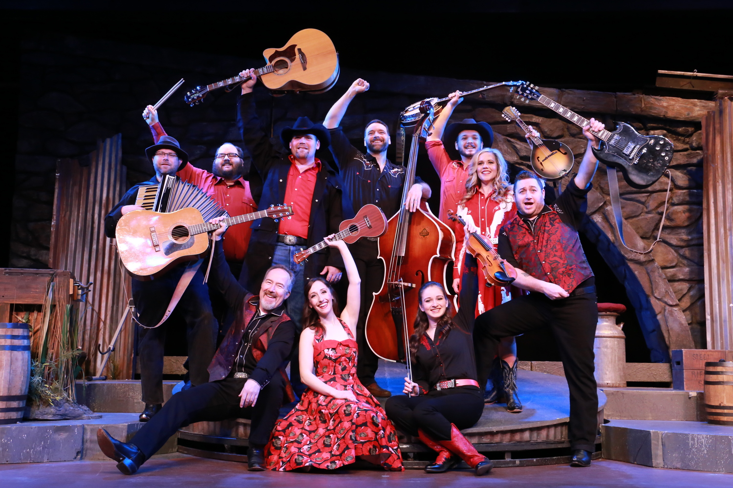 BWW Review: RING OF FIRE at Broadway Palm Has Rhythm!