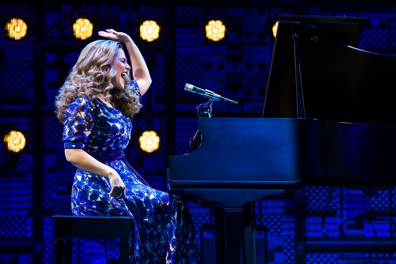 BWW Review: BEAUTIFUL: THE CAROL KING MUSICAL at Broadway Across America