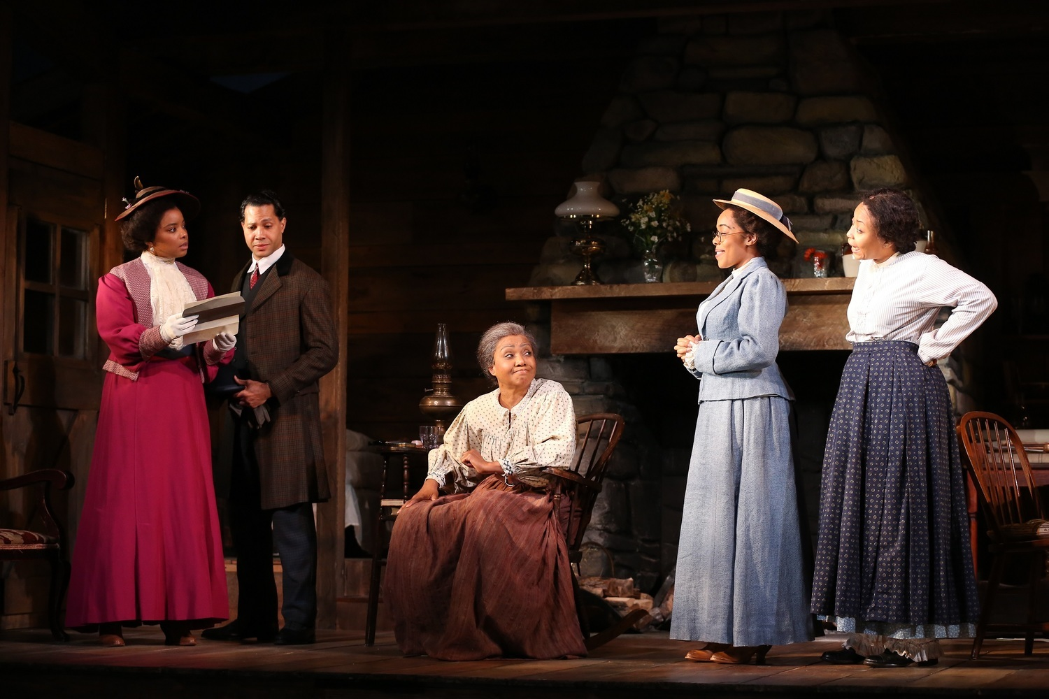 BWW Review: FLYIN' WEST at Westport Country Playhouse