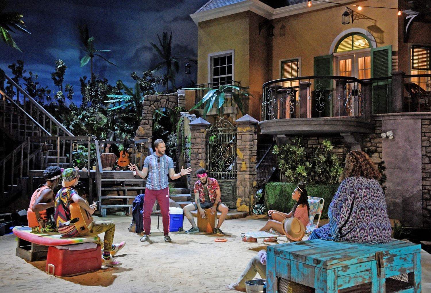 BWW Review: TWELFTH NIGHT Conjures a Comedic Oasis at Dallas Theater Center