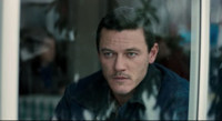 VIDEO: Check Out The Official Trailer for Upcoming Thriller 10x10 Starring Luke Evans