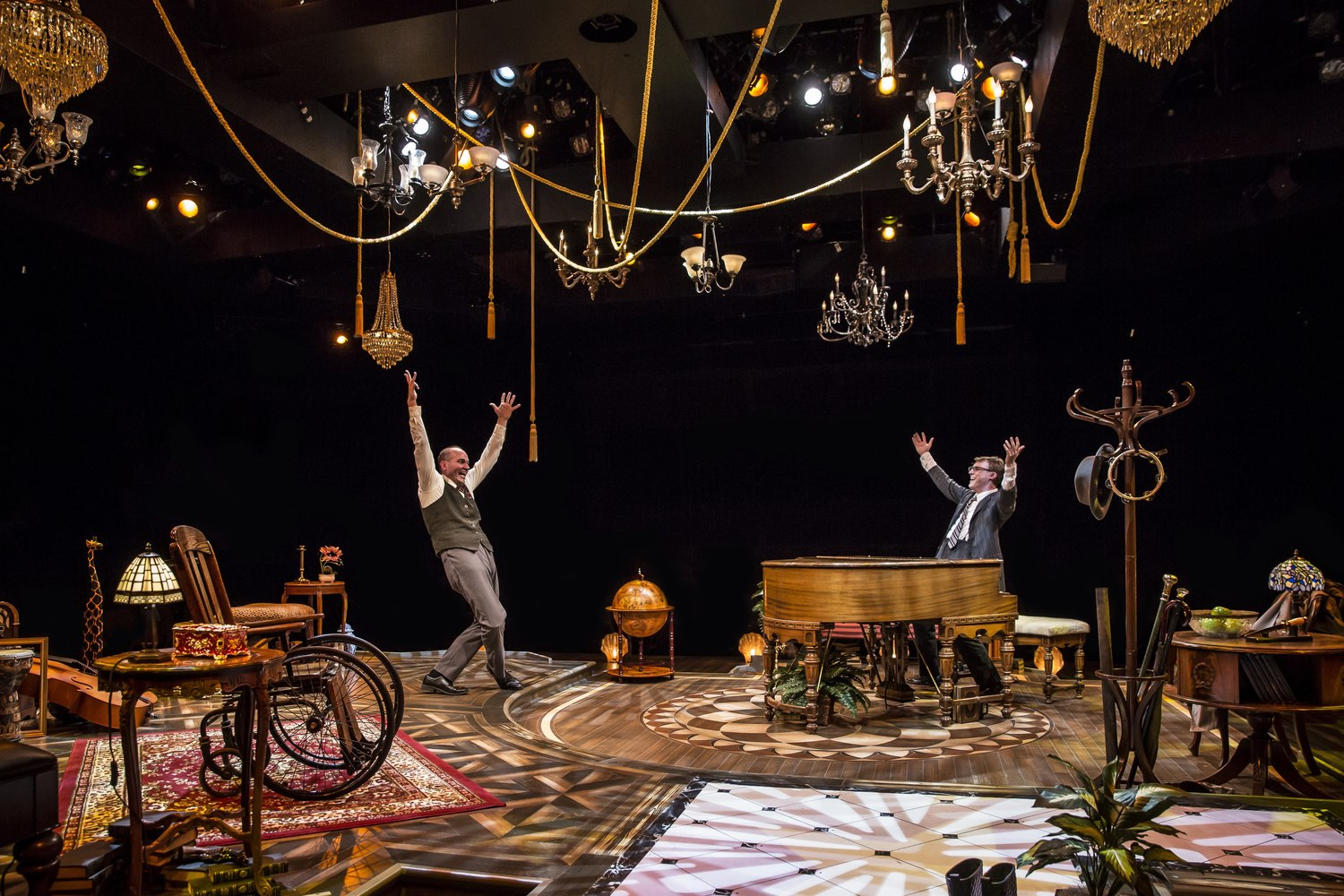 BWW Review: MURDER FOR TWO at Marriott Theatre