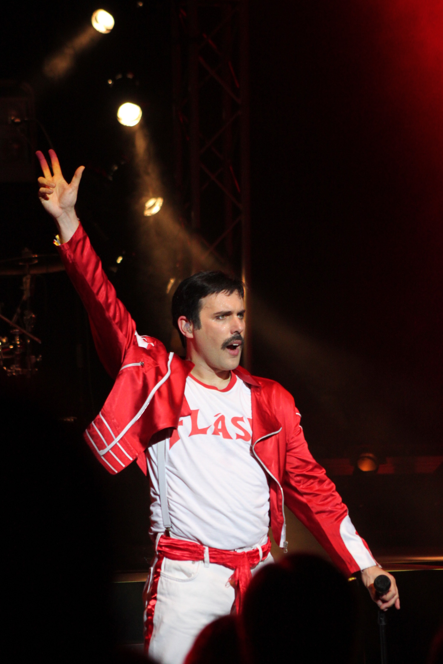 BWW Interview: Patrick Myers Lead Singer of KILLER QUEEN-National Tour