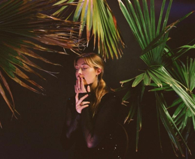 Cornelia Murr Releases New Single WHO AM I TO TELL YOU From Forthcoming Debut Album