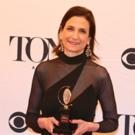Tony Award-Winning Lighting Designer, Natasha Katz, Accepts The 2018 Apple Award Photo