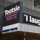 BWW TV: Broadway Struts the Red Carpet on Opening Night of TOOTSIE Photo