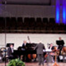 The Kentucky Symphony Orchestra Surveys The Original Swing Band Hits Of The '30s & '40s As Well As The Jump-Jive Swing Revival Of The 1990s