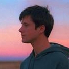 Alec Benjamin Premieres Music Video For BOY IN THE BUBBLE