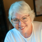 SNL Alum Julia Sweeney to Make Stand-Up Debut at The Second City Photo