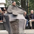 VIDEO: Dianne Wiest Totally Rocks Beckett in Madison Square Park!