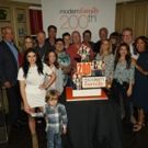 Photo Flash: MODERN FAMILY Cast Celebrates Iconic 200th Episode Photo