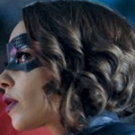BWW Review: The Secret is Out on This Week's THE FLASH Photo