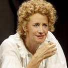 Review Roundup: The Critics Weigh In on BERNHARDT/HAMLET on Broadway Photo