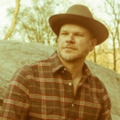 Jason Eady Shares New Song THAT'S ALRIGHT From I TRAVEL ON, Out August 10