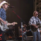 VIDEO: Brad PaisleyandJohn Fogerty Perform 'Proud Mary' & More on JIMMY KIMMEL Video