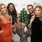 Photo Coverage: HOME FOR THE HOLIDAYS Gets Festive for Opening Night! Photo