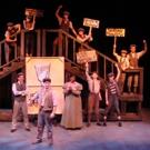 BWW Review: NEWSIES Entertain at La Comedia Dinner Theatre