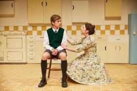 EDINBURGH 2018: BWW Review: TOAST, Traverse Theatre