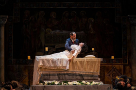 BWW Review: City Opera's AMORE DEI TRE RE Gets the Kiss of Death