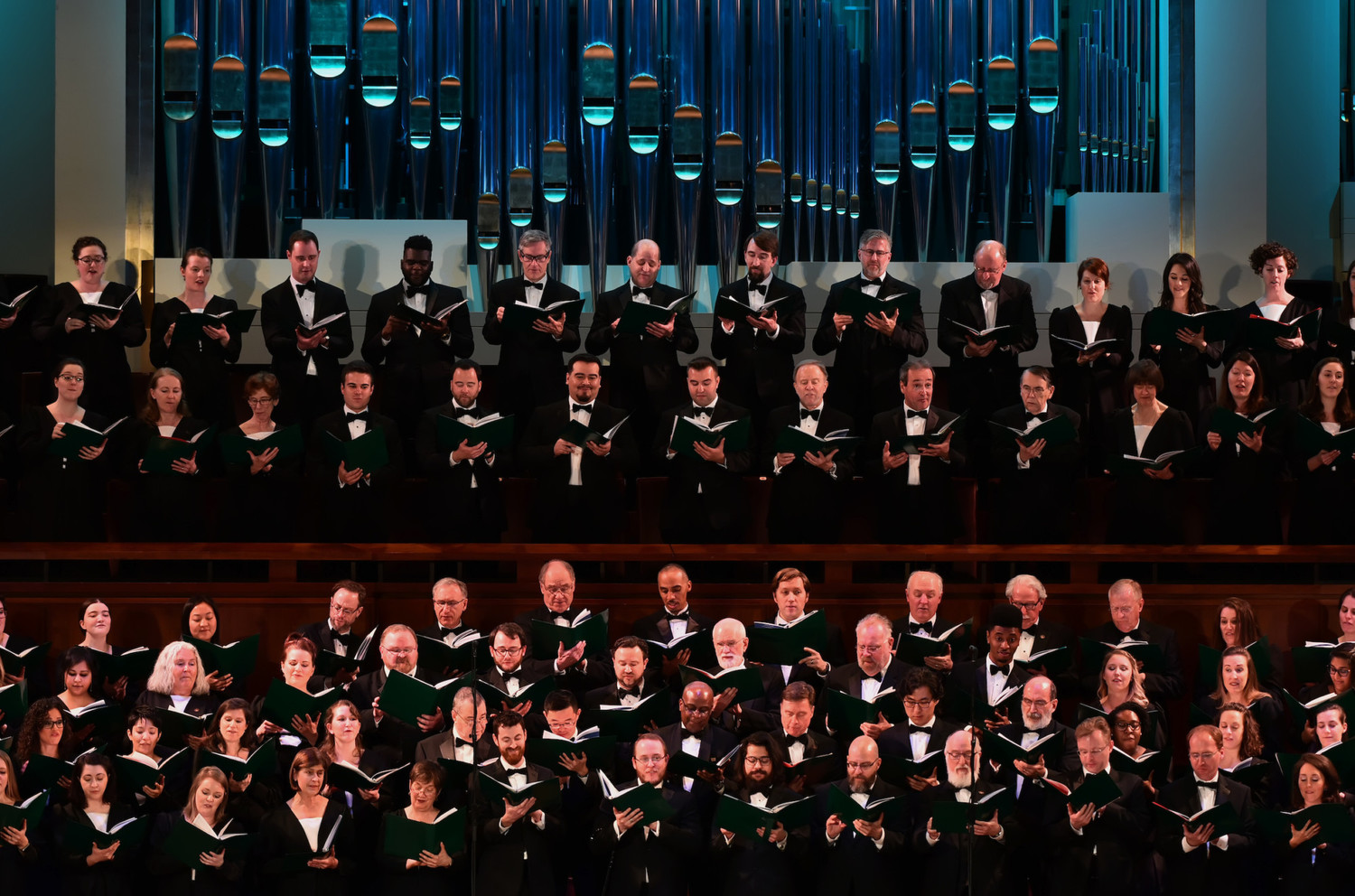 BWW Review: The Washington Chorus Gives a Joyous St. Patrick's Day Concert