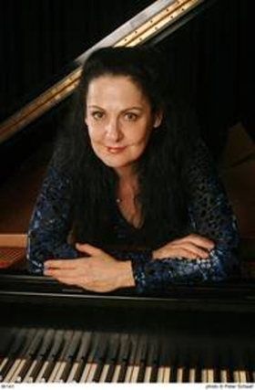 Internationally Acclaimed Australian Pianist Sarah Grunstein Comes to Sydney Opera House