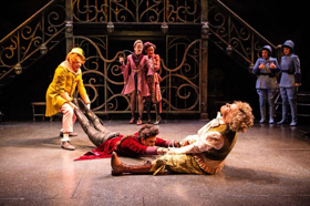 BWW Review: The Stratford Festival Explores Gender Fluidity in a Clever and Funny Production of THE COMEDY OF ERRORS
