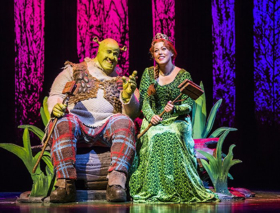 First Look At Amelia Lily In SHREK THE MUSICAL