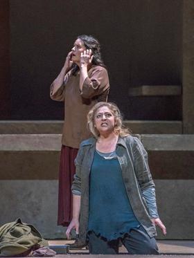 BWW Review: Exciting Goerke and Nezet-Seguin Change Dynamic of Met's ELEKTRA