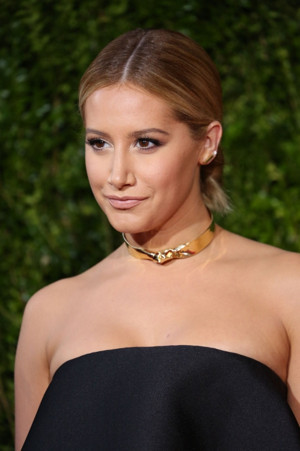 SCOOBY DOO Spinoff DAPHNE AND VELMA Being Developed by Ashley Tisdale