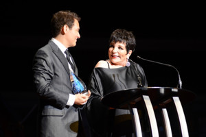 Liza Minnelli Cancels Vegas Concert With Michael Feinstein Due To Illness
