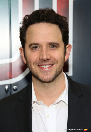 Broadway-Bound TOOTSIE Starring Santino Fontana Will Play Pre-Run in Chicago